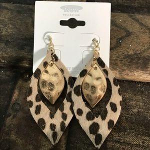 Jewelry - Leopard marquis earrings
